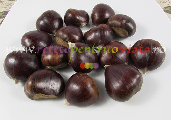 Curcan umplut cu castane si fructe uscate - castane pentru umplutura