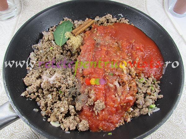 Reteta de paste cu carne tocata - pastitsio - pasul 2