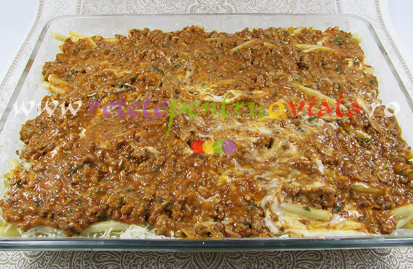 Reteta de paste cu carne tocata pastitsio pasul 6