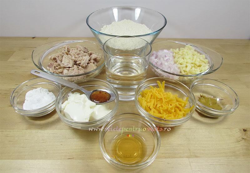 Ingrediente pentru reteta de sandwich cu ton