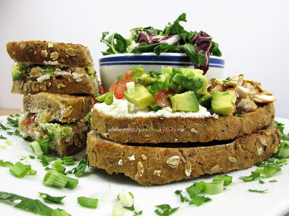 Sandwich cu Pui si Avocado - poza 4