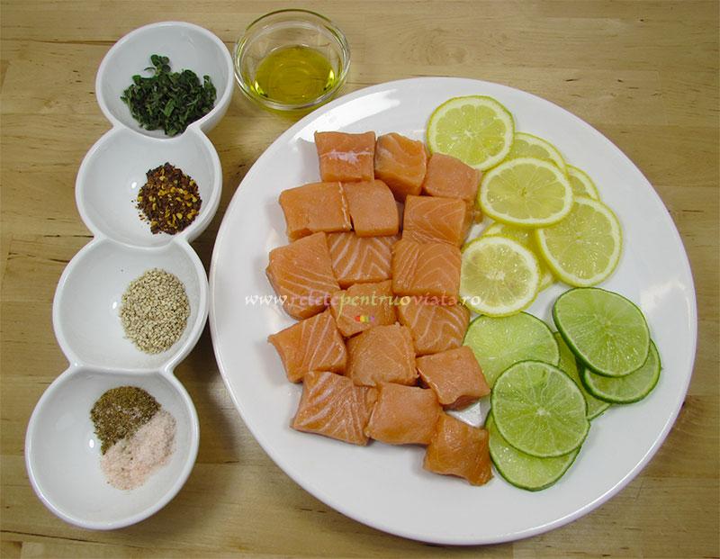 Ingrediente pentru reteta de frigarui de somon la gratar