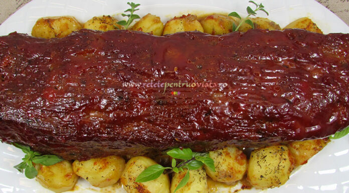 Reteta Rulada de Carne Tocata cu Glazura Dulce-Picanta