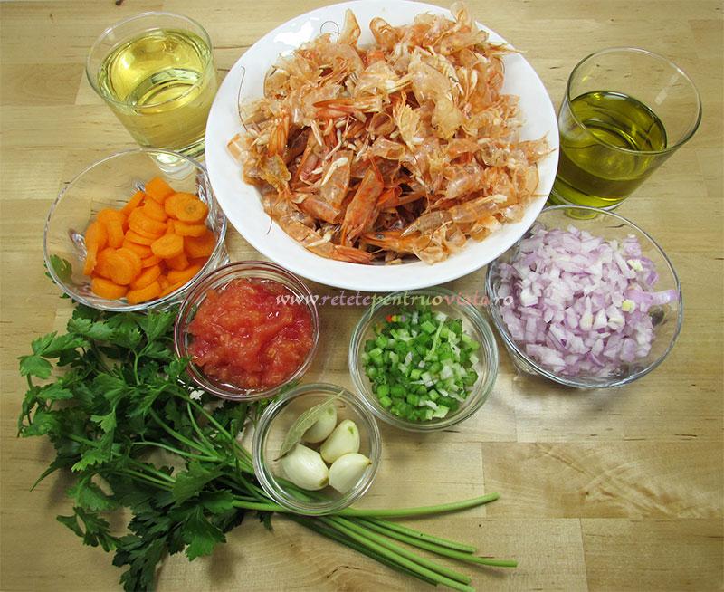 Ingrediente pentru reteta de supa de creveti - baza pentru mancaruri