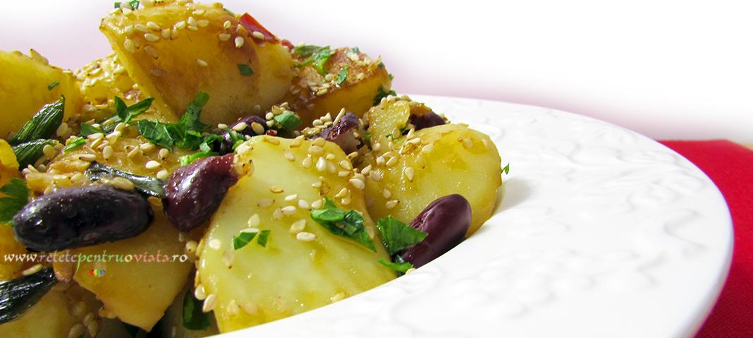 Mancare Asiatica de Cartofi si Fasole Rosie