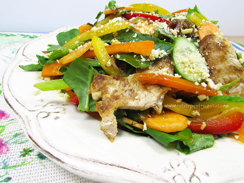 Salata Thailandeza cu Pui si Legume - poza 2