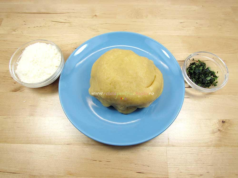 Reteta de Tarta cu Dovlecei, Busuioc si Sunca Presata - Ingrediente pentru aluat de tarta