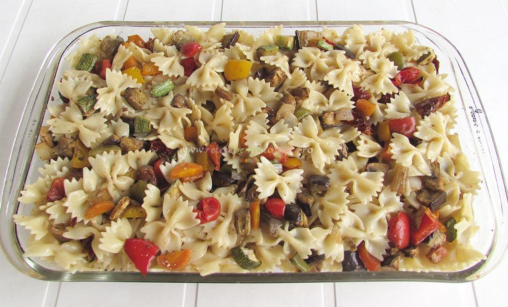 Salata de Paste cu Legume Coapte poza 5