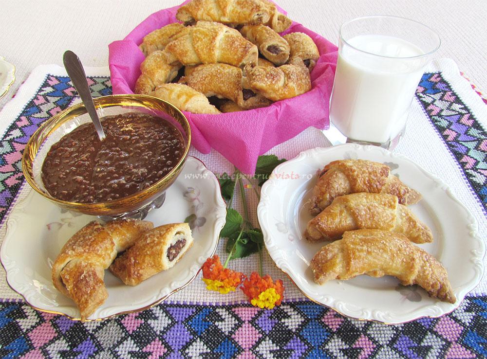 Mini Croissante cu Crema de Ciocolata poza 9
