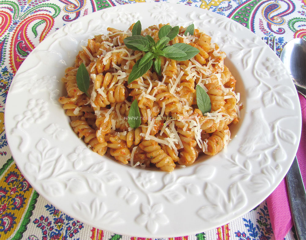 Paste cu Pesto de Ardei Copti poza 5