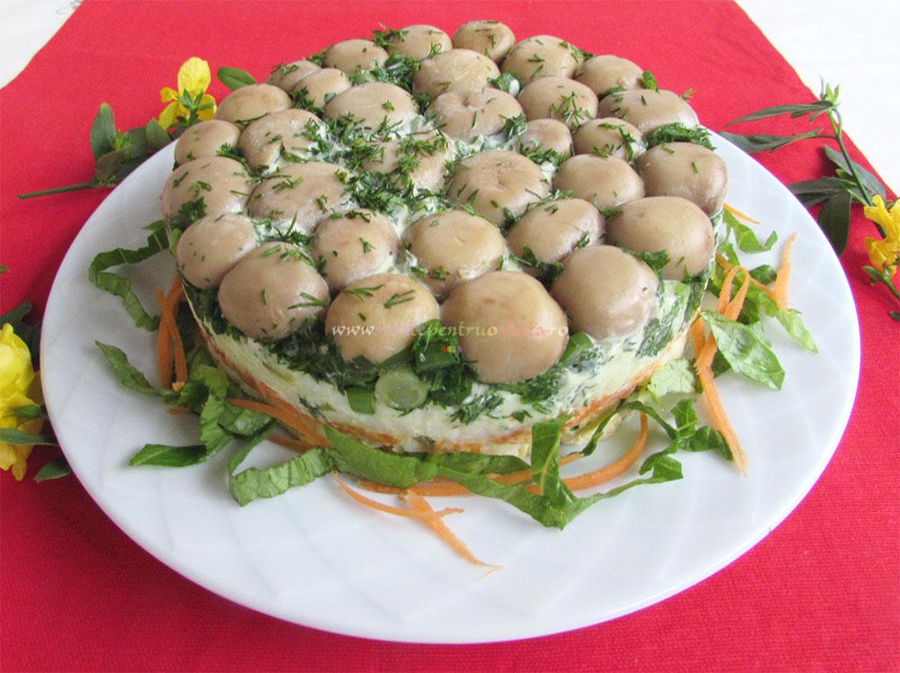 Salata Poienita cu Ciuperci Marinate poza 6