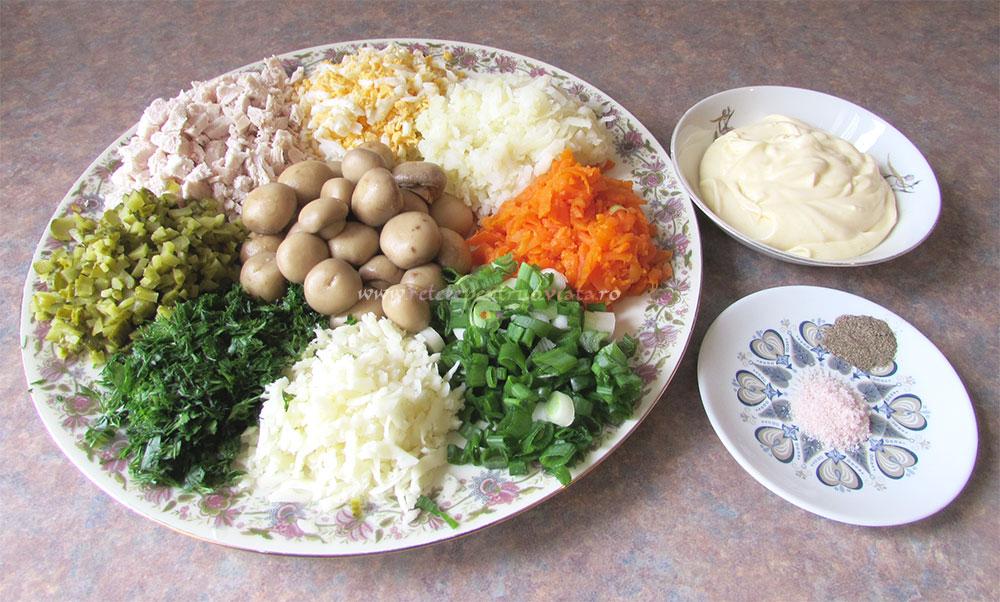 Salata Poienita cu Ciuperci Marinate poza 2