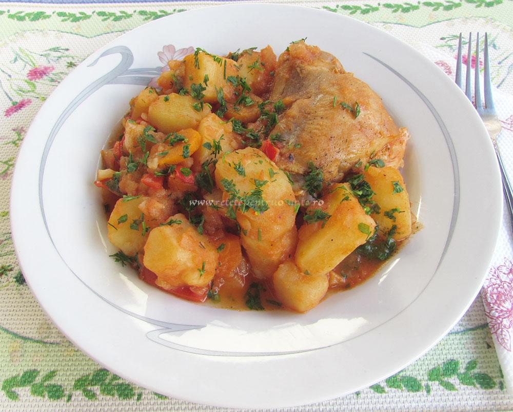 Tocanita de Pui cu Ceapa si Cartofi poza 7